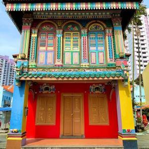 リトルインディアにある極彩色の家 Tan Teng Niah