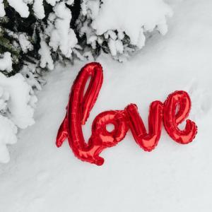 恋愛がうまくいかなくて悩んでいる人へ|受験勉強と同じで参考書選びと答え合わせが大切という話。