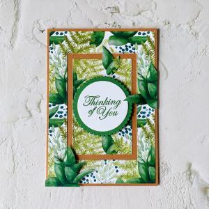 森の中のひんやり心地よさそうなメッセージカード