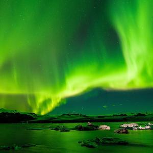 アイスランド旅行-英語が話せない人のお勧め海外旅行 / 準備 /オーロラ / カメラ / 三脚 /
