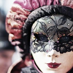 マスク、人間の本性
