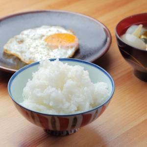 土鍋と鉄フライパンを使った朝ごはん作り