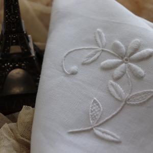 初めてのフランス白糸刺繍