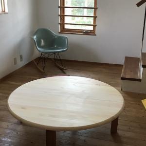 [座卓生活]テーブルを四角から丸に変えた結果