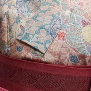ピンクの小紋コーデ