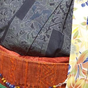 ベージュの羽織コーデ