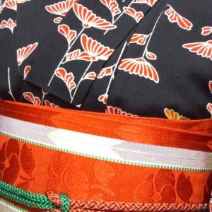 菊の模様のウールコーデ