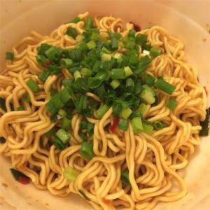 カルディ(KALDI)の汁なし台湾ラーメン