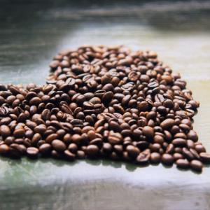 デカフェとノンカフェインの違いについてわかりやすくご紹介します