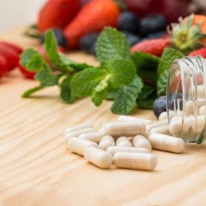 高血圧薬&ごまで失神も、処方薬とサプリの危険な併用例