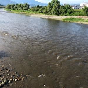南魚沼市の魚野川でアユ釣り男性が死亡