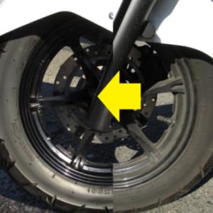 真冬のスクーター洗車 無塗装樹脂・タイヤ・ホイールの黒色が復活!