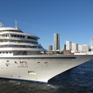 横浜港客船カレンダー 2021年8月