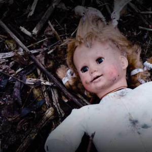『ゴーストランドの惨劇』凄惨な夜に支配された現実、途切れない緊迫感と絶望感。観終わっても少女たちの叫び声が耳から離れない残酷ホラー
