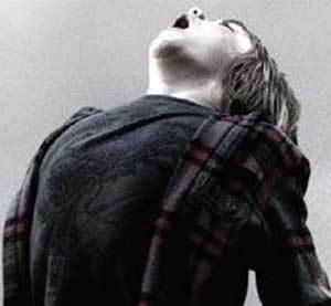 『ダーク・スカイズ』エイリアンに狙われた一家の惨劇。予想も期待もすべて裏切る結末
