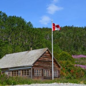 カナダの家と日本の家の違いについて。一軒家とアパートそれぞれの特徴。