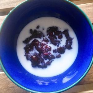 超簡単!デンマークのデザート ブローベア グロッド【Blåbær grød】の作り方