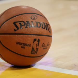 【NBA 中断】激震!コロナウィルス試合中断による影響と選手の声は?