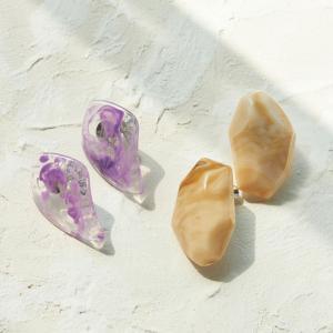 マガシーク Phoebe+ フィービィープラス 【Sfy】marble stone pairイヤリング ベージュ×パープル503452474