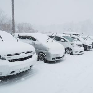 雪でワイパーを上げるのは故障予防?知らなきゃ損する雪国事情