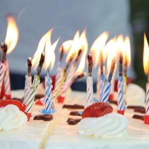 誕生日ケーキに刺すろうそくの本数!厳しいと思ったときのアイデア集