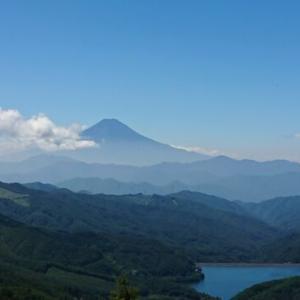 真夏の大菩薩嶺1周登山〜久しぶりの富士山と登りたい山の下見の山旅