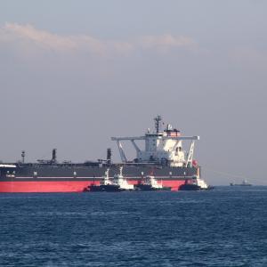 VLCC  TANZAWA  丹沢さんです。