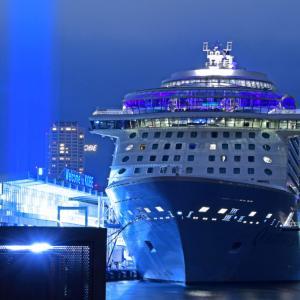 神戸と夜景とクルーズ船