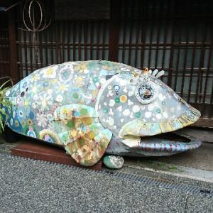 横安江町商店街のアーケード。