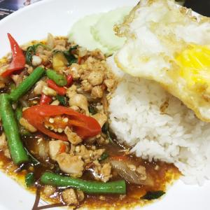 気軽にタイ料理〜Nakhon kitchen