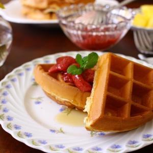 苺のプリザーブとワッフル