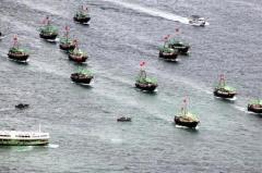 【また中国】世界遺産ガラパゴス沖に中国漁船260隻、フカヒレ狙いか…自制要求も「公海上で合法的だ」