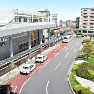 10/19からJR南草津駅東口ロータリーへの自家用車乗り入れを禁止する実験が始まっています。