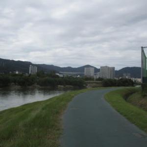 水と緑と太陽があれば人は元気になれます・・・広島市・太田川リバーサイドをテクテク散歩・・・風を感じて