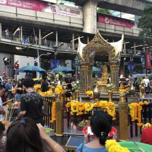 エラワン・プーム【エラワン祠】バンコク 世界中から集まるパワースポット
