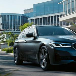 BMW550i V8気筒ツインターボエンジン!買い替え?