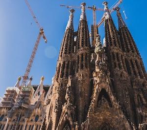 スペイン旅行の安い時期はいつ?これで迷わない航空券の選び方