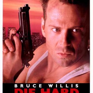 ブルース・ウィーリスの映画 「ダイ・ハード」 シリーズ第1作 ブルース・ウィリスの大出世作!