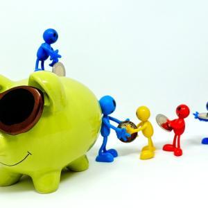 年間100万円貯金を実現する現実的な方法【浪費癖を直そう】