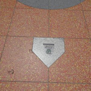 大阪散歩2018 71  大阪球場のホームベース