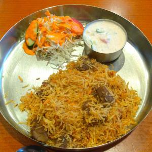 座間のインド料理店【マハトマ】のマトンビリヤニ