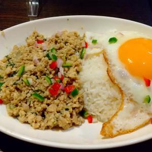 藤沢のアジア料理店【カレーハウスFUJISAWA】のガパオライス