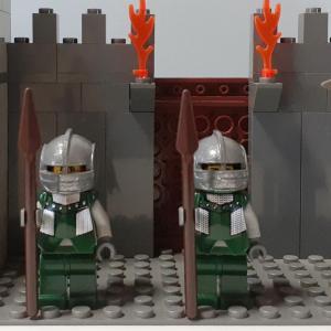 【LEGOミニフィグ】ミニフィグを作ろう(お城シリーズ兵士編)
