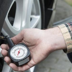車用の激安タイヤゲージの精度を比較!一番正確なのは意外なあれ?