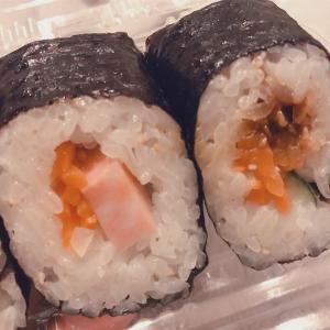 【食レポ】まだセブンでおにぎり買ってるの?韓国風海苔巻き「キンパ」