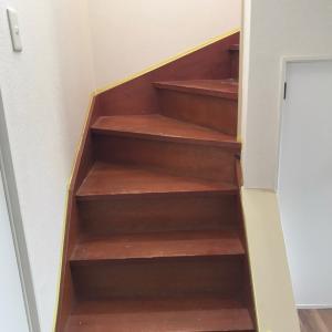 戸建て2号階段塗装