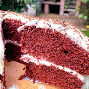 レッドベルベットケーキのレシピ、チョコレートケーキとの違いも必見!
