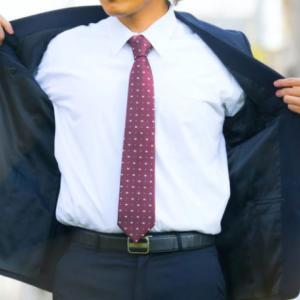 脇汗パッドって意味ある?【おさまり切らない男の脇汗には意味なかった】