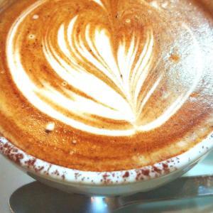 一人カフェで思うこと。