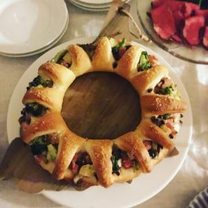 ABCクッキングのリースピザがクリスマスのテーブルにぴったり!